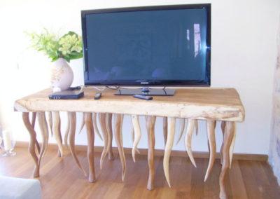 Carpintería Gregori / Salón, mesa TV