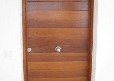 Carpintería Gregori / puerta madera