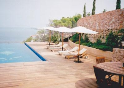 Carpintería Gregori / terraza parquet piscina